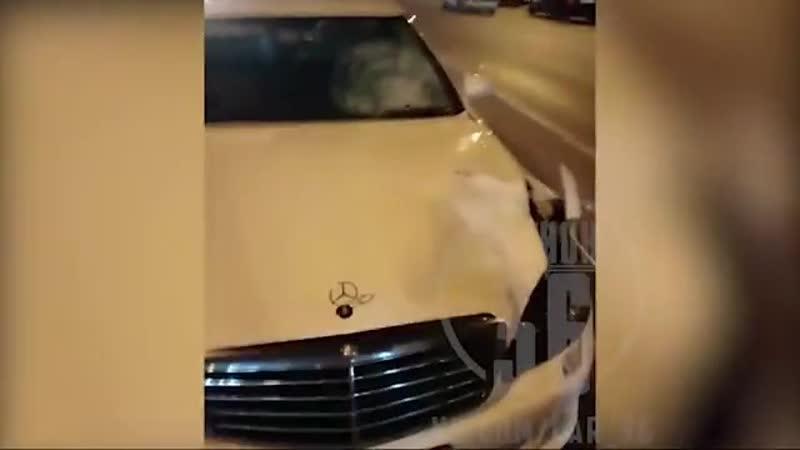 Mercedes с блатными номерами сбил насмерть женщину в Воронеже