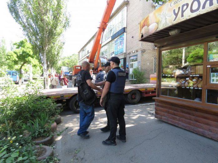 В Мариуполе неизвестные ночью хотели ограбить кофейню ветерана АТО
