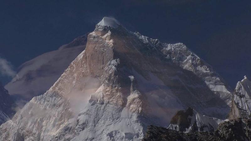 Song For Al К2 или Чогори Вторая по высоте горная вершина Земли после Джомолунгмы Самый северный восьмитысячник мира Находится в хребте Балторо на границе Кашмира