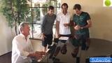 Roger Federer singing along with Grigor Dimitrov, Tommy Haas, David Foster and Novak Djokovic