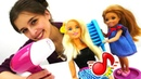 МиМиЛэнд Куклы Барби делают прически. Игры для девочек.