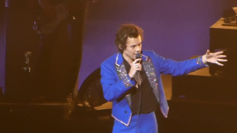 HarryStyles - Get Your Mind Out Of The Gutter, Sign Of The Times (Nashville)