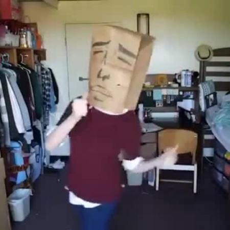 Paper Bag Over head dance meme · coub, коуб