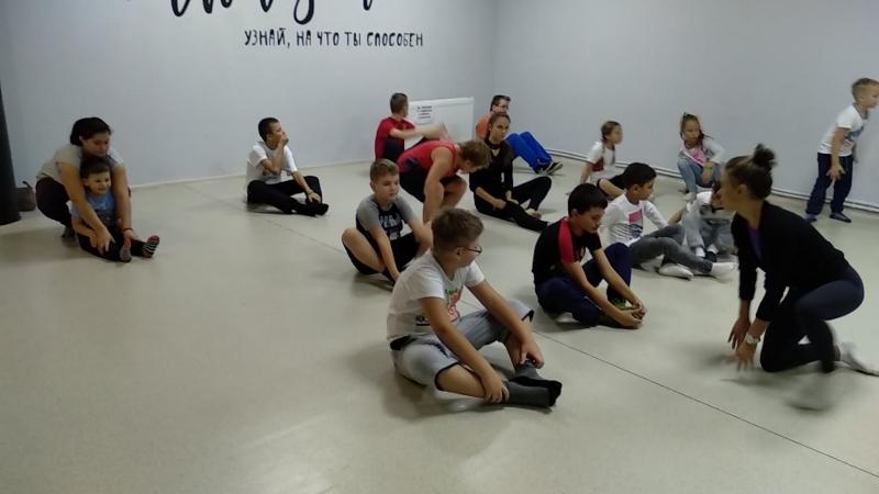 Самые счастливые дети на планете )) радуются каждому занятию ))