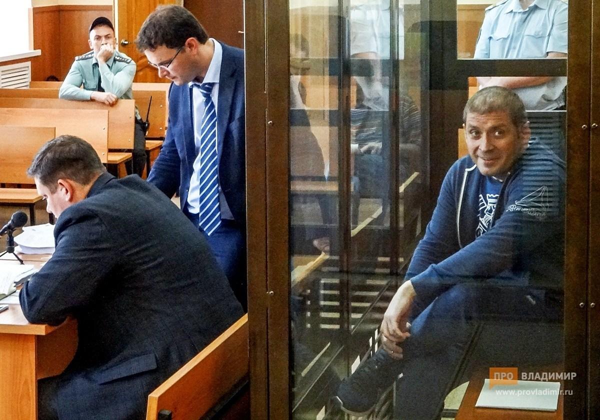 Коррупционная магия: замгубернатора заработал 8 млн, а потратил 91 млн рублей