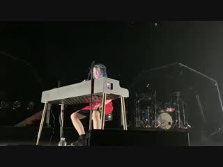 BILLIE EILISH посвятила новую песню XXXTENTACION под названием «6.18.18»
