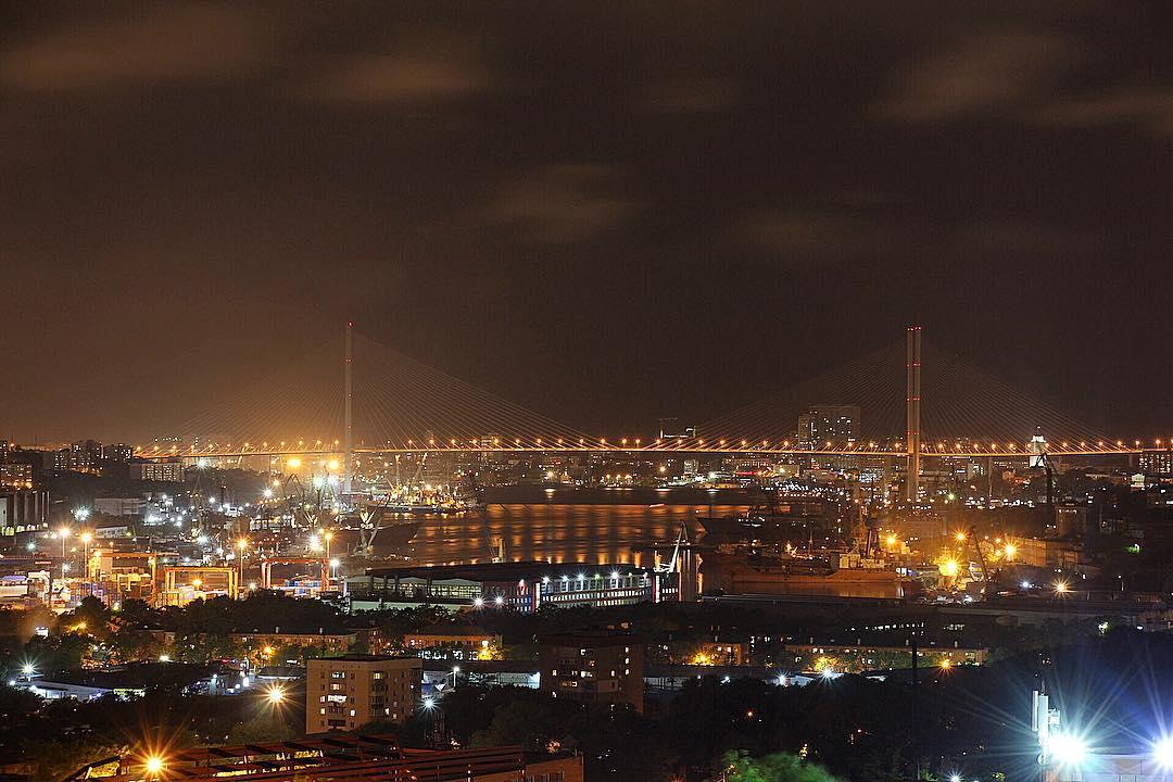 Красота ночного Владивостока