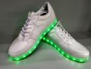Кроссовки светящиеся белые с 31 рр
