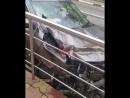 Сочи, поселок Вардане, здесь ранним утром водитель «Nissan» не справился с управлением и на закруглении дороги протаранил дорожн