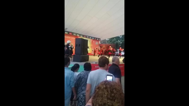 выступления танцевальных колективов в Кобулети