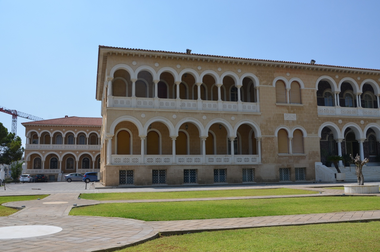 94si0lrvzA4 Никосия (Лефкосия) столица Кипра.