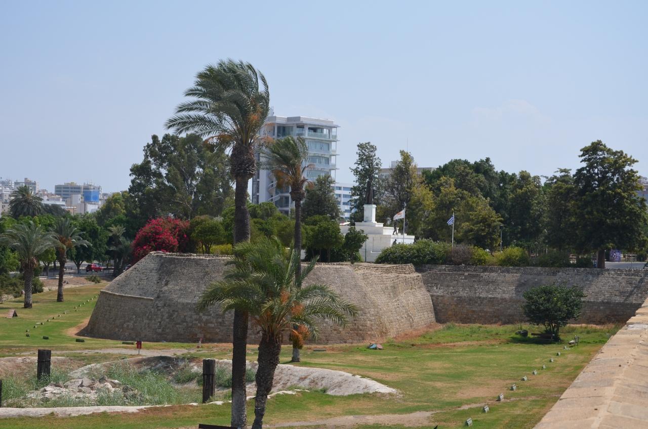 RehEyHq7-FE Никосия (Лефкосия) столица Кипра.