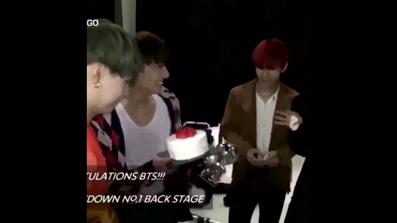 Do u remember this legendary moment when jungkook had to make an acrostic poem out of Army