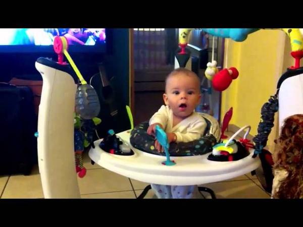 Jumper centru de activitate evenflo pentru bebe