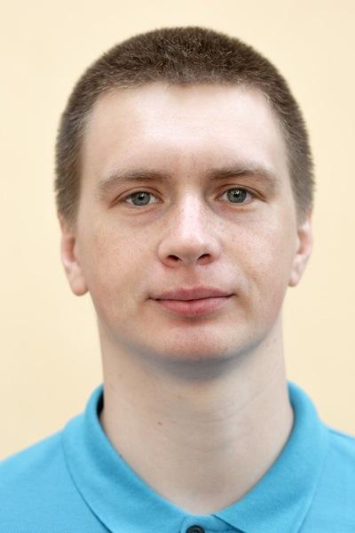 Эдуард Песков