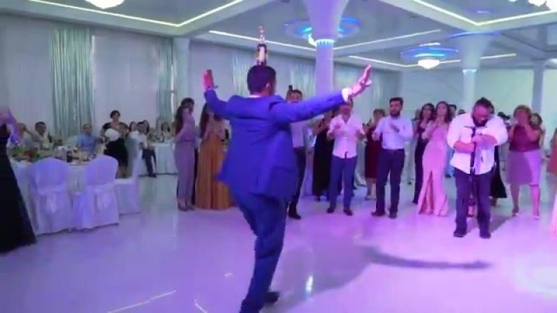 Армянский танец на свадьбе. Шолохо