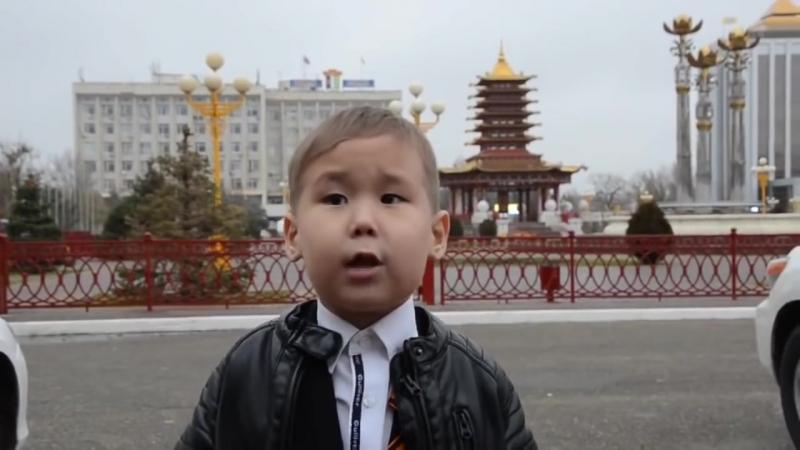 ЭТО НЕВЕРОЯТНО! 5-летний мальчик читает стих Россиюшка. До слёз!