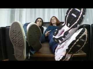 Goddess victoria bianca femdom foot fetish фут-фетиш socks hoes feet #footworship #mistress