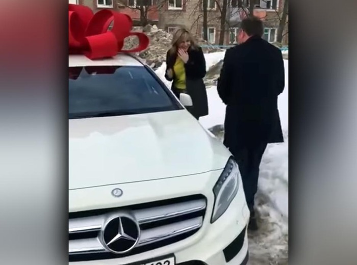 Суд конфисковал имущество полицейского Воробьева, который подарил жене Mercedesза 2,6 млн рублей
