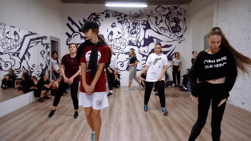 EXTRA DANCEVERSITY/ ILYA ARTISEVICH /HIP-HOP