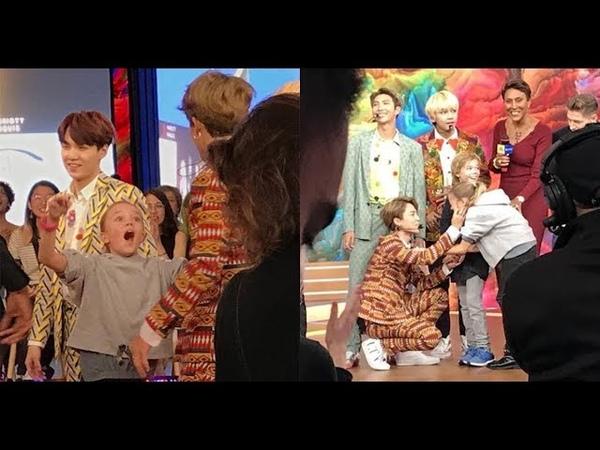JIMIN de BTS tiene un lindo y tierno gesto con una fan que llora al verlo