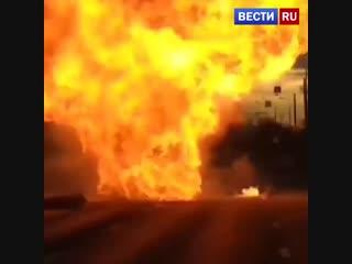 Появилось видео со взорвавшимся три раза подряд микроавтобусом в Москве