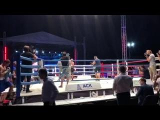 Боец ММА Гога Шаматава одержал победу на боксёрском турнире