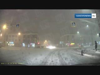 Дорогу в Иванове переходят кувырками