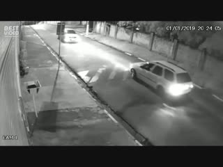 Что делать если тебя пытаются ограбить на машине