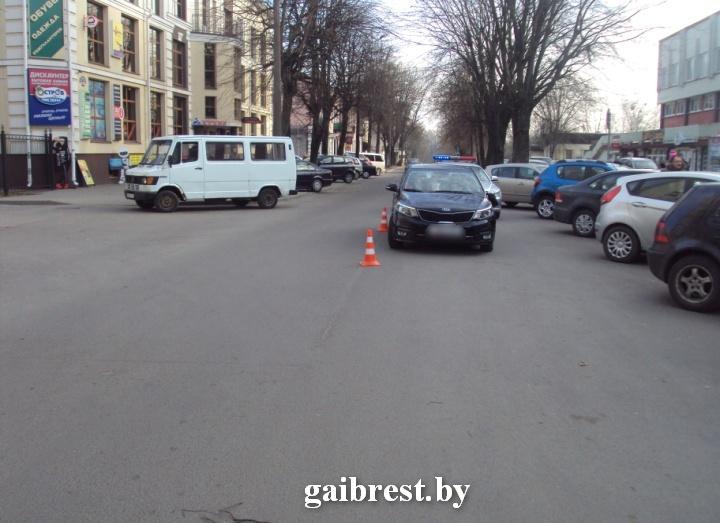 В Бресте автомобиль сбил 14-летнего пешехода на ул. Советской