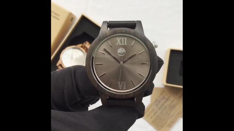 Потрясающие часы из сандалового дерева с серебристым циферблатом