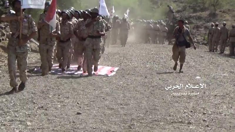 Выпуск новой партии бойцов армии Йемена и хуситов