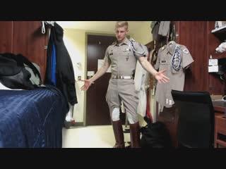Texas cadets visit California. Кадеты из Техаса хорошо провели время в Калифорнии.