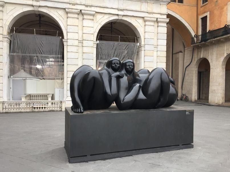 Отчет о путешествии в Италию Пиза и Флоренция. Интересная скульптура)