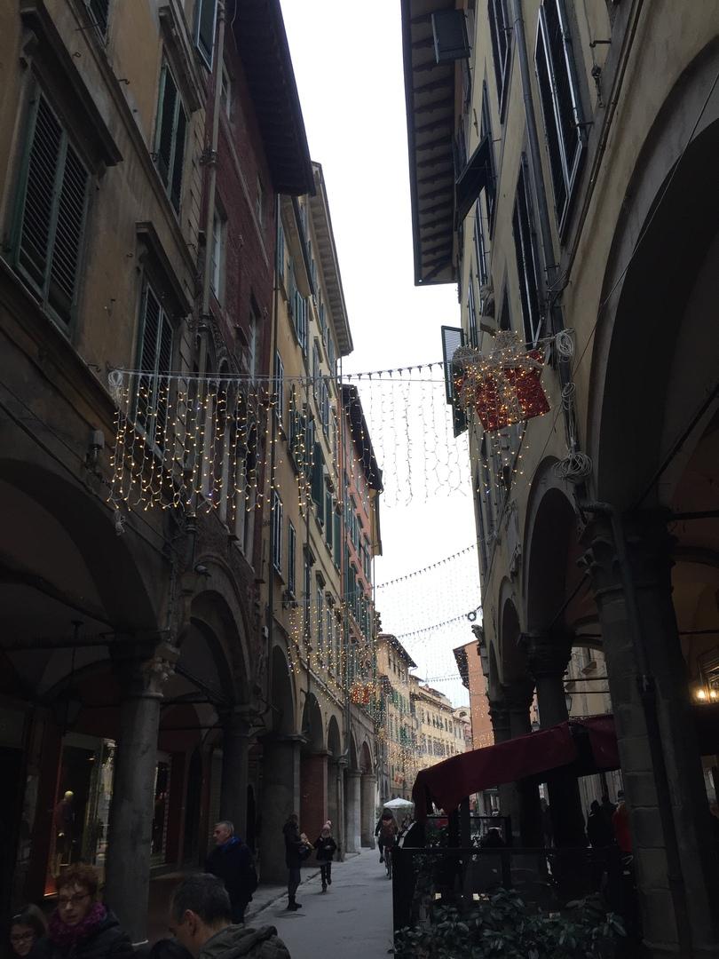 Отчет о путешествии в Италию Пиза и Флоренция. Пешеходная улочка