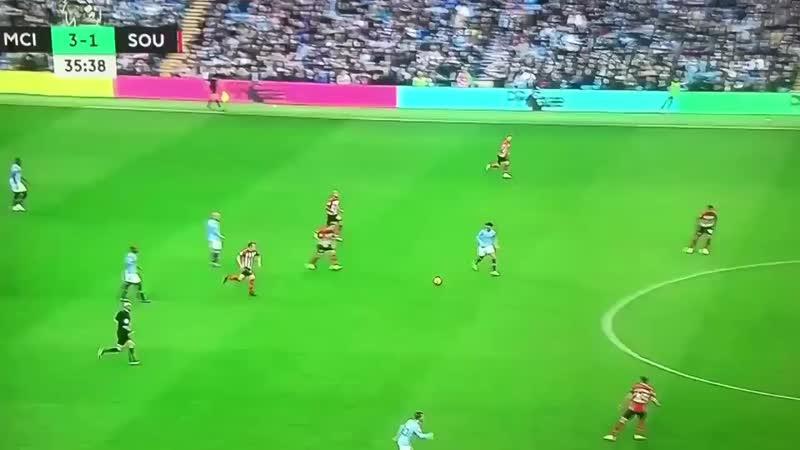 Guardiola surta e faz a Premier League entrar em parafuso