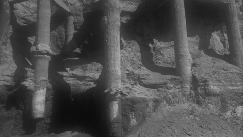 Moon Anomalies That Show NASA Has Evidence of Artificial Ruins - Richard Hoagland