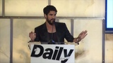 Darren Criss hosting the Fashion Media Awards (09-06-18)