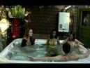 Шок баба Обосралсь в бассейне