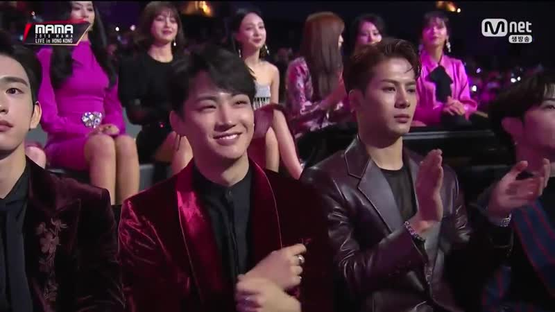 JACKSON FROM GOT7 REACTING TO BBOOM BBOOM HAS GOT TO BE THE FUNNIEST THING EVER