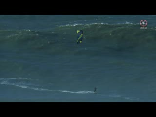The Worlds Biggest Waves at Nazare-Portugal kitesurfed by Jesse Richman