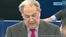 Charles Pasqua révèle qui tire les ficelles au parlement européen...