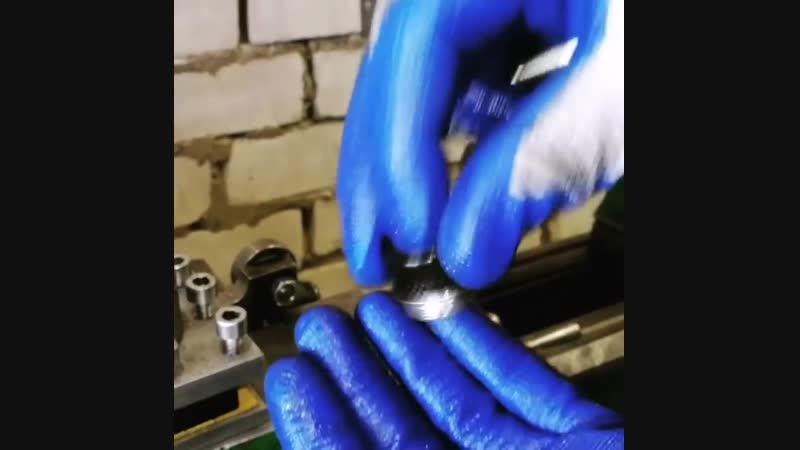 станок токарь lathe metalwork подача резец металлообработка металл техника технология стружка токарныйстанок токар