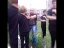 Падонок жестоко избил своего сына на глазах у людей 18+