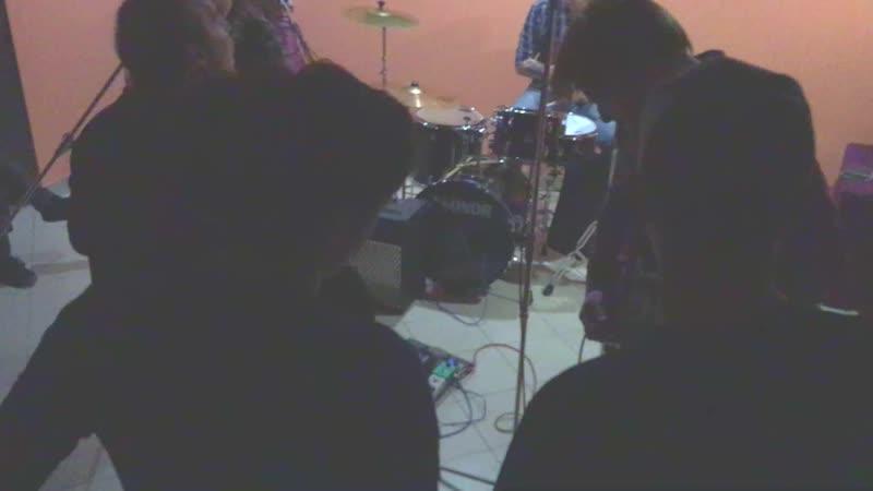 UnderSail - SMELLS LIKE TEEN SPIRIT(NIRVANA)