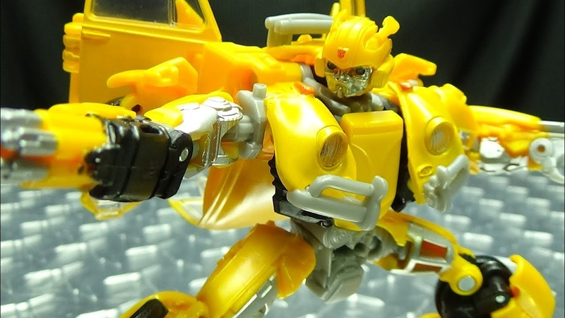 Studio Series BUMBLEBEE (VW Beetle): EmGo's Transformers Reviews N' Stuff