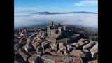 Il Castello di Torre Alfina, Viterbo, da una diversa prospettiva