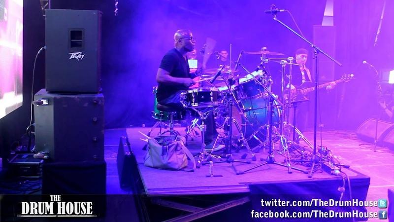 Derrick McKenzie (Jamiroquai) - Frankfurt Musikmesse pt.2 live drum cam
