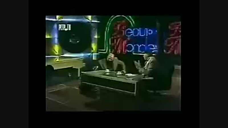 Александр Розенбаум - Воры в законе.mp4