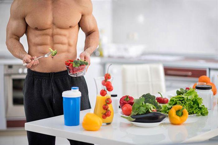 Нужно есть много овощей и фруктов